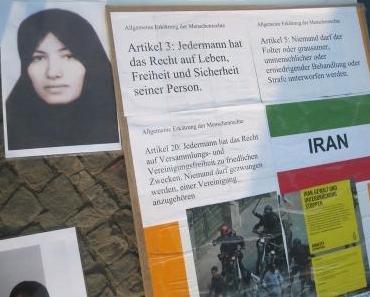 Fotos der Iran Mahnwache am Brandenburger Tor