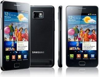 Samsung zeigt Galaxy S 2 mit Android 2.3 Gingerbread.