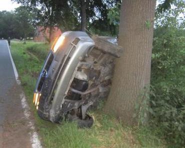 Autounfall Cappeln – Betrunken gegen Baum gekracht