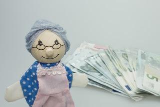 Gute Rente? Von wegen! Über eine Million Senioren müssen jobben!