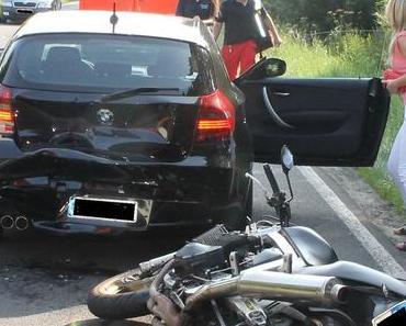 Schwerer Verkehrsunfall Ople Biker schwer verletzt