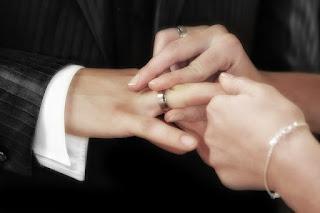 Wie lebt es sich besser: Single oder Verheiratet?