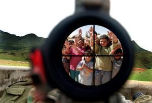 Rüstungskonzerne wegen Flüchtlingsströmen zur Kasse bitten