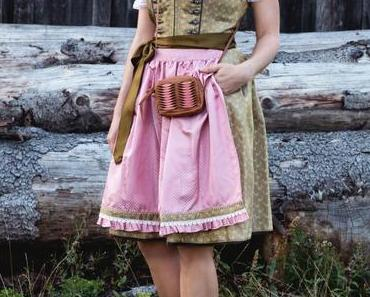 Oktoberfest Dirndl Outfit und Dirndl Schleife binden