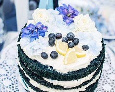 Blauer Naked Cake