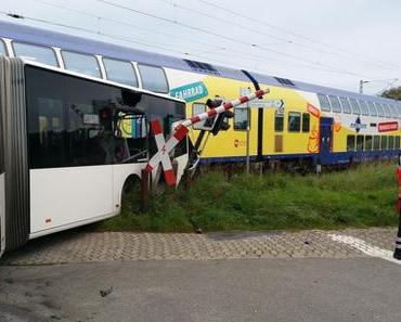 Bahnunfall Buxtehude-Hedendorf – Metronom kollidiert mit Schulbus