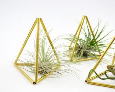 Geometrischer Wohnschmuck: DIY Himmeli aus Messing