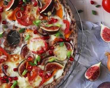 Herbstliche Knäckebrot-Pizza