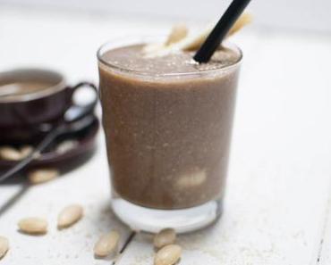 Cappuccino Smoothie - Der kleine Wachmacher für Geniesser