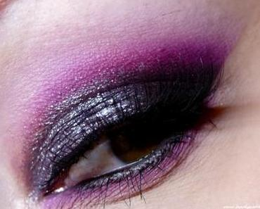 Black & Purple Edgy Holiday Makeup Look – Blogparade