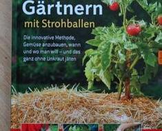 Gärtnern Auf Strohballen: Der Test! Gaertnern Strohballen Vorteile Unkrautfrei