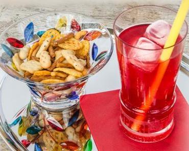 Alkoholfreier Aperitif: Sanbitter mit Bitter Lemon