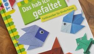 gefaltet: Faltklassiker Kinderhände