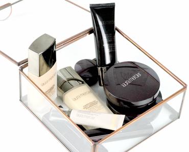 Laura Mercier - silk creme // candleglow foundation // Smooth finish powder