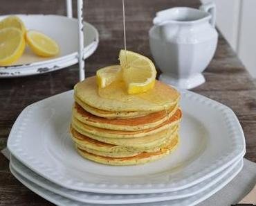 Breakfasttime: Poppy Seed Pancakes