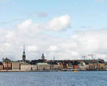 Auto als Paketbox – Modernes Car Sharing – VOLVO in Schweden