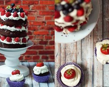 [bakes...] Chocolate Naked Cake with Vanilla Cream and Berries