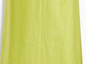 Leuchtend grünes Sommerkleid Next Einklang blauen Accessoires