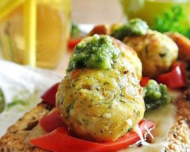 Chicken-Meat-Ball Sandwich mit Rucolapesto a la Raphael, so kocht der junge, wilde Nachwuchs!