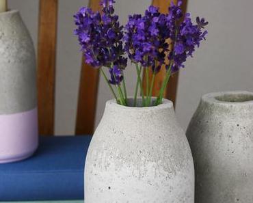 DIY// Betonvase oder Kerzenständer ›Flasche‹