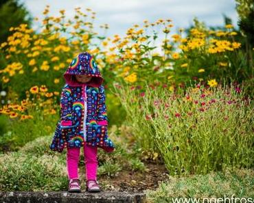 Finnischer Bio Sommersweat auf Kapuzenjacke an Kleinkind