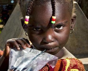 HydroPack: wasserreinigendes Trinkpäckchen