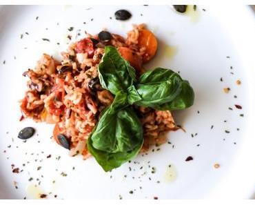 Reispfanne mit Gemüse und Meeresfrüchte