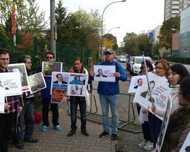 Menschenrechtler protestieren - Politik schweigt