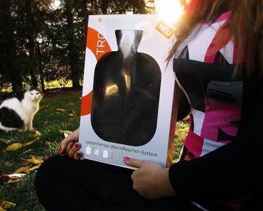 Wärmend durch die kalte Jahreszeit - Jaimee testet die TROY°-Wärmflasche mit Sicherheitsverschluss