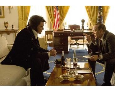 Elvis & Nixon REVIEW: Der Präsident trifft den King und es bleibt nur ein Foto