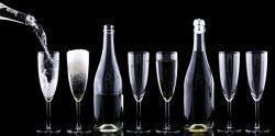 Teure Tropfen: Anstoßen mit Edel-Champagner