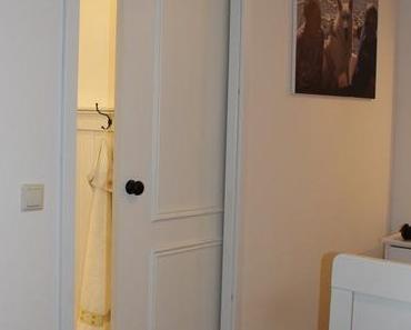 Mit Holzschiebetüren Räume abgrenzen