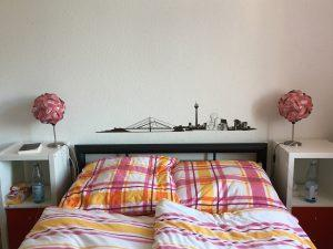 [DIY] Lichtervorhang als Bettkopf