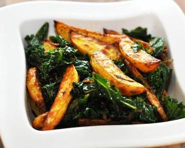 knusprige Kartoffelspalten mit Grünkohl