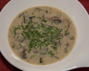 Cremige Zwiebel-Champignonsuppe (ovo-lacto-vegetarisch)