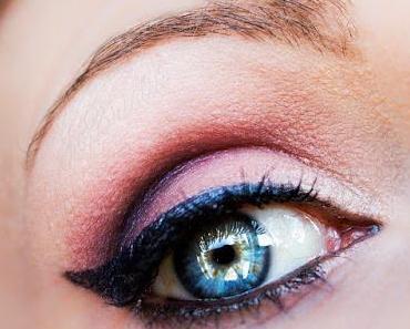 "zartes Tages-Make-up mit Sleek MakeUP ""PPQ""-Lidschattenpalette + TheBalm ""Mary-Lou Manizer""-Highlighter"