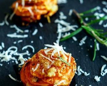 Parmesan-Süßkartoffel-Türmchen