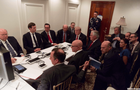 """""""Situation Room"""" in Mar-a-Lago: HIER gibt Trump den Einsatzbefehl"""