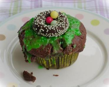 Cappuccino Muffins mit Fondant-Kranz