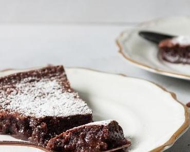 Schwedischer Schokoladenkuchen-Kladdkaka oder klebriger Kuchen