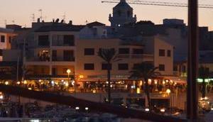 Hafenmauer Cala Ratjada repariert
