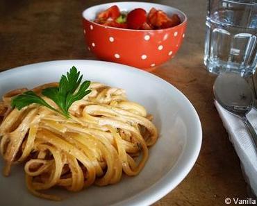Pesto mit Ricotta und Walnüssen (Pesto alla siciliana)