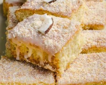 Für den kleinen Haushalt: Sommerlicher Buttermilch-Zitrone-Kokos Kuchen