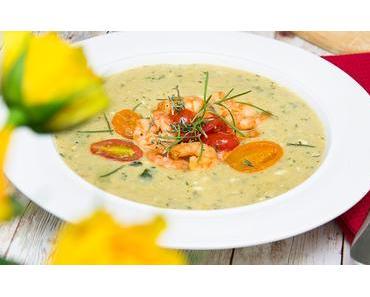 Rezept: Zucchini-Feta Suppe mit Thymian