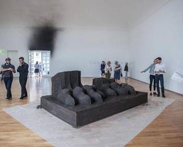 Abbas Akhavan in der Villa Stuck – oder die Negation des Museums