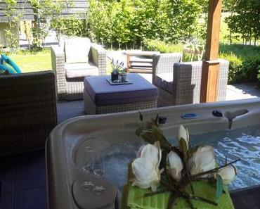 Ferienhaus mit Whirlpool und Sauna für zwei Personen
