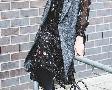Winter Outfit mit Midikleid, Wollweste und & Other Stories Boots