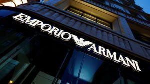 Schule in Tokio führt Armani-Uniformen ein