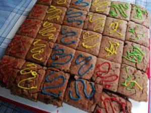 "Kindergeburtstag mit ""Schoko-Karamell-Pekan-Erdnuss-Brownies"""