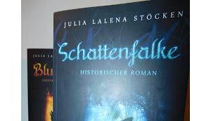 Schattenfalke (Hlew –Reihe Julia Lalena Stöcken
